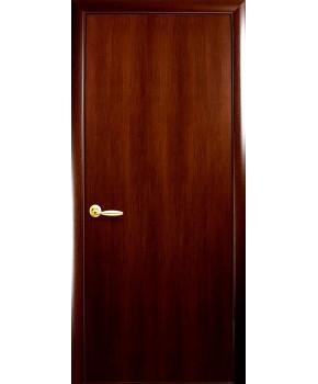 """Межкомнатные ламинированные двери """"Колори А"""" фабрика """"Новый стиль"""", цвет - орех."""